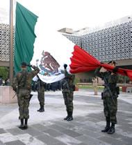 Bandera mexicana, entre las 10 más bonitas del mundo