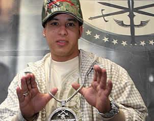 Apoya Daddy Yankee a John McCain
