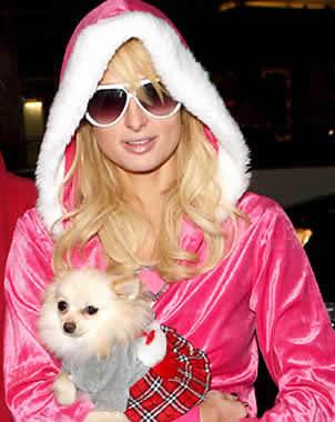 Captan a Paris Hilton al estilo `Santa Clós´