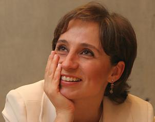 """Aristegui regresó a la radio con programa """"crítico y plural"""""""