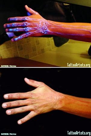 tatuajes flamenco. tinta tatuajes. Tatuajes con tinta ultravioleta, invisibles al ojo humano