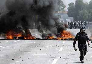 Mandos permitieron abusos en Atenco: ministro