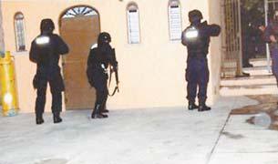 Policías colocaron mantas para el Presidente: SSPF