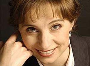 Aristegui da bienvenida a ataque de Televisa
