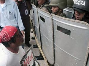 Manifestantes retoman las calles en Honduras