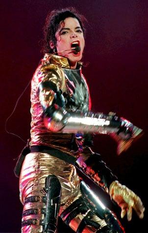 Barcelona recuerda a Jackson con casi 700 bailarines de Thriller
