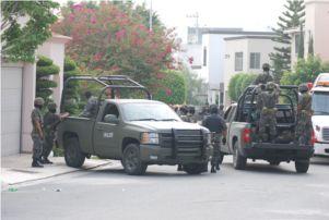 Soldados decomisan 23 mdp en una casa de Monterrey