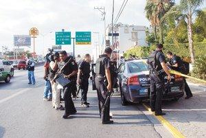 Matan a 2 en café internet de Juárez