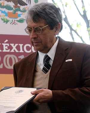 Muere el escritor Carlos Montemayor