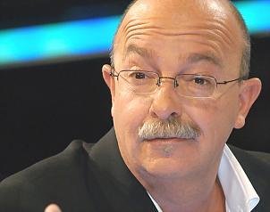 El Universal - - Ponchito deja la puerta abierta a Televisa