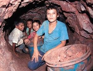 Resultado de imagen de Niños Trabajando en las minas