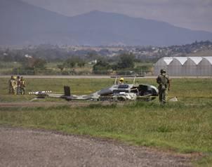 Accidentes de Aeronaves de la  FAM. Noticias,comentarios,fotos,videos.  - Página 3 302_helicoptero_oax