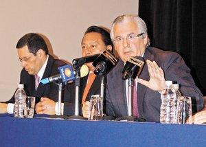 Critica Garz�n costo social de lucha al narco