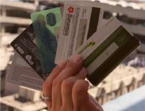 Aumenta emisi�n de tarjetas de d�bito
