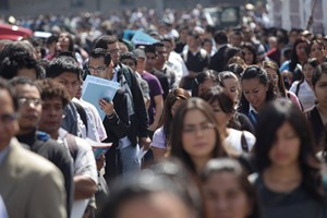 Suspenden Feria del Empleo por marcha de la CNTE