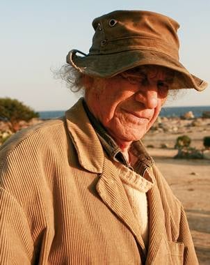 El poeta vanguardista habl? de diversos temas, incluso sobre si merec?a el Premio Cervantes.