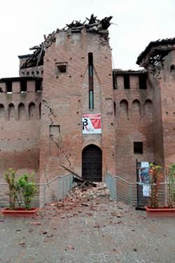 Italia no se ha repuesto del atentado de ayer en Brindisi y ha amanecido con la noticia de un sismo