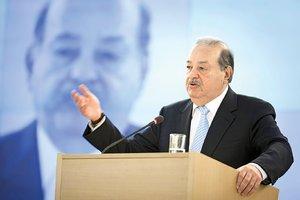 El empresario mexicano fue el invitado de honor de la serie ?Conferencias de Ginebra?, que tiene lug