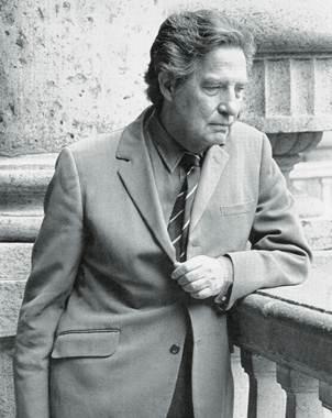 El poema se puede leer �ntegramente o acompa�ado con la lectura del propio Octavio Paz
