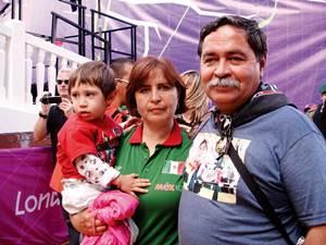 . Los padres de la arquera de la capital mexicana, Aída Arroyo y