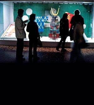 Espadas y armaduras son las piezas que m�s atraen a los visitantes de la exposici�n que estar� abier