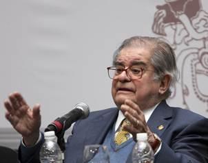León-Portilla comentó que Clavigero le influyó mucho en su juventud.