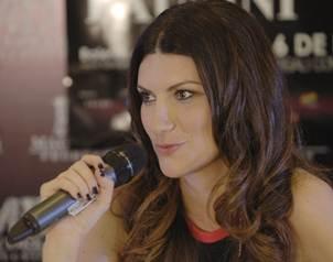 La cantante italiana pidi� a los medios respetar su privacidad durtante esta etapa.