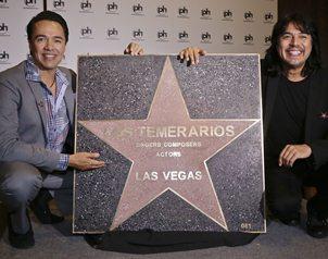 Los Temerarios han vendido 45 millones de discos y recibido reconocimientos como un Latin Grammy y v