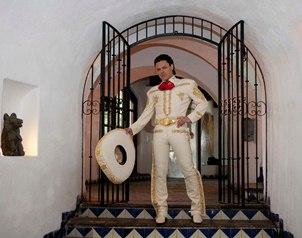 Pedro Fern�ndez contento por la nominaci�n a su �lbum