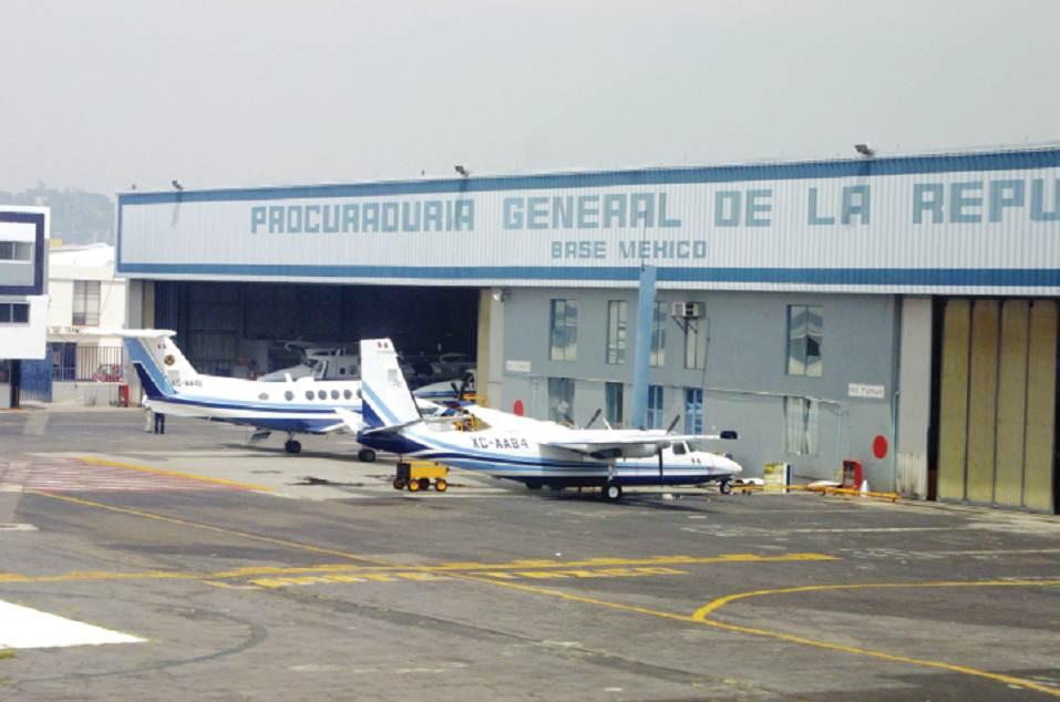 Servicios aéreos de la PGR Noticias, opiniones, fotos, videos - Página 6 Aviones