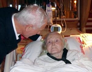La salud de Gabor se debilit� en julio de 2010, cuando se fractur� la cadera izquierda