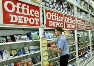 Office Depot report� una p�rdida neta en el �ltimo trimestre del 2012 por un derrumbe del 6 por cien