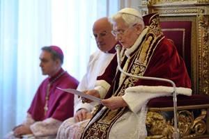 Papa Benedicto XVI renuncia a su pontificado