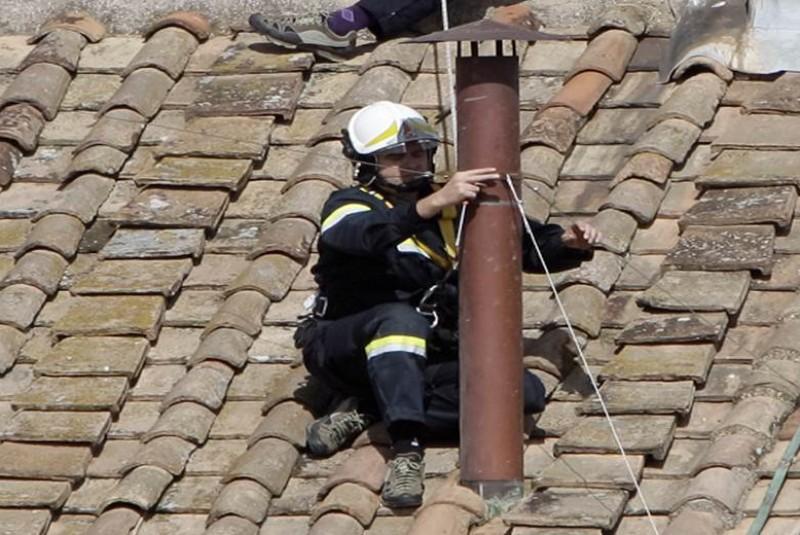 El universal colocan chimenea de donde saldr el humo - Chimeneas moviles ...