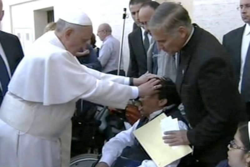 Rechaza Vaticano que Papa hiciera exorcismo
