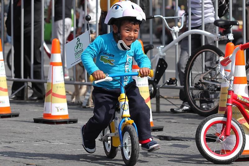 Inauguran 'Bici escuela de Verano' en el Zócalo