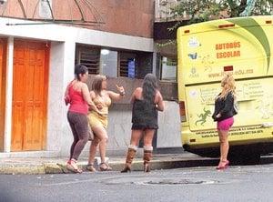 prostitutas en el metro putas forzadas