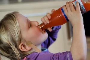 Consumo de azúcar vuelve a los niños agresivos