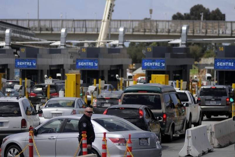 Resultado de imagen para aduana de mexicali calexico