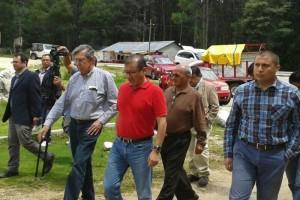 El perredista dijo que llegó a Chiapas para visitar al maestro bilingüe, pero después de hablar con