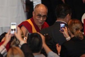 Vicente Fox recibe al Dalai Lama en Guanajuato