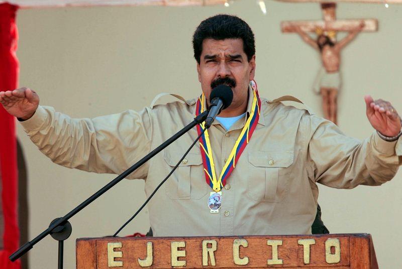 EU expulsa a tres diplomáticos venezolanos