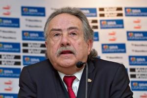 El Universal - Deportes - Modifican regla de naturalizados en la Liga MX e57da1eb4e560