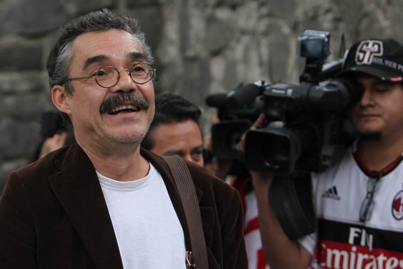 Evoluciona bien salud de García Márquez