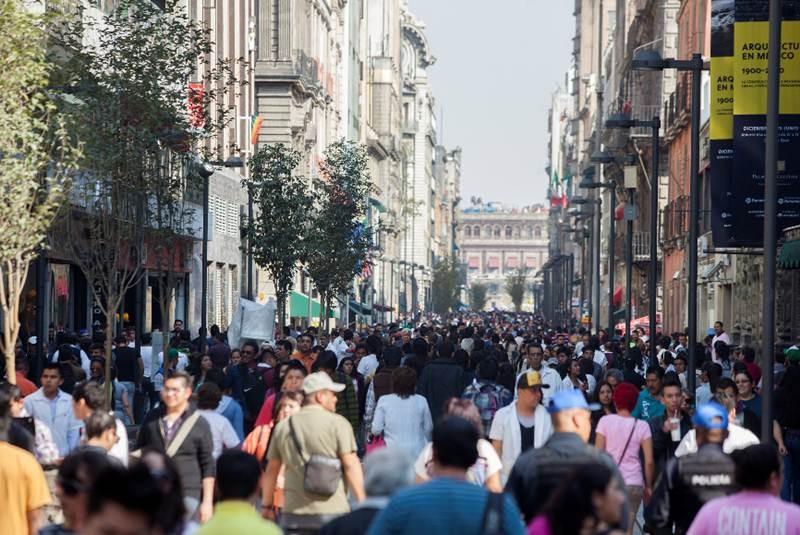 Un 70% de mexicanos desconfía de las personas: estudio