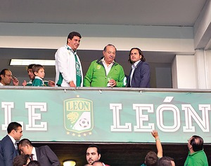 <b>Liguilla Clausura 2014.</b> Slim ahora regala pantallas a jugadores