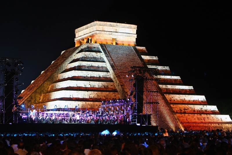 El universal cultura chich n itz renueva su iluminaci n Espectaculo de luz y sonido en teotihuacan