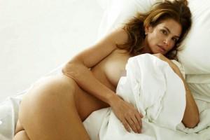 Una triunfita se desnuda esperando el reencuentro de OT