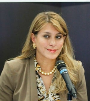 Ex-subsecretaria de salud: Mexico, sin especialistas 10maki
