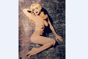 Lindsay Lohan posa desnuda al estilo Marilyn Monroe